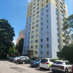 Na prenajom,3 izbový byt, Karpatská, Čiastočná rek
