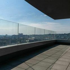 21. poschodie! Luxusný 4-izbový byt s klimatizáciou a terasou v novostavbe PREMIÉRE