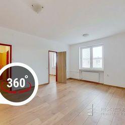 AXIS REAL:: Priestranný 2-izb. byt, CENTRUM Malacky, Partizánska ulica