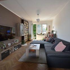 Zrekonštruovaný a zariadený 2 izbový byt s balkónom s krásnym výhľadom v TOP LOKALITE.