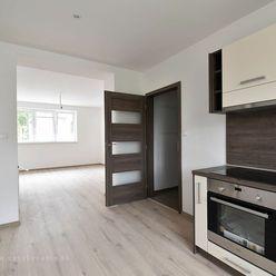 REZERVOVANÝ 3-izbový byt s podlahovým kúrením centre mesta, nová rekonštrukcia!