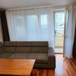 Classic Real ponúka na prenájom 2 izb. byt na Nejedlého ul. Dúbravka s loggiou.