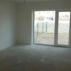 2 izbový byt s dvoma pozemkami - STUPAVA