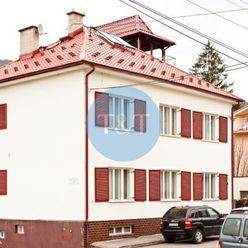 Veľkorysá 3 podlažná rodinná vila vo vyhľadávanej časti Trenčianskych Teplíc na Hurbanovej ulici