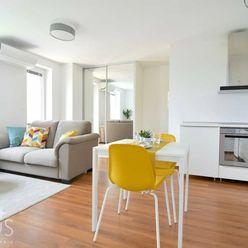STARÉ GRUNTY, 2-i byt, 44 m2 – novostavba, garážové státie