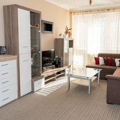 NA PREDAJ Pekný 3 izbový byt v centre mesta Malacky