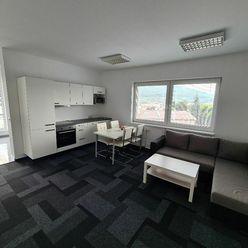Prenájom 2i bytu v úplnom centre s veľkou terasou