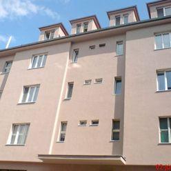 1-izbový byt, Vysoká ulica, rekonštrukcia, zariadenie
