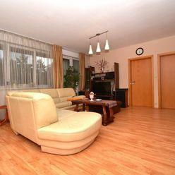 5i byt, 153 m2 – BA-Dúbravka: novostavba, 2x kúpeľňa, 3x loggia, POD LESOM
