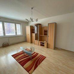 Prenájom- 3 izbový byt so zariadením Nové Zámky