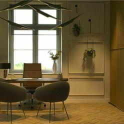 REALNESS-prestížny staromestský 3-izbový byt s vysokými stropmi na Moskovskej