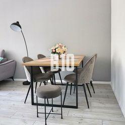 Krásny NADŠTANDARDNÝ moderne zrekonštruovaný 3 IZBOVÝ byt vo veľmi vyhľadávanej lokalite mesta Trenč