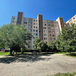 XPERIA ponúka: veľký zrekonštruovaný 3-izbový byt vo výbornej lokalite