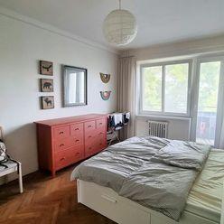 Zrekonštruovaný veľký 2 i byt 61m2- krásne výhľady na Karpaty!!!!!! Tiché bývanie!!!