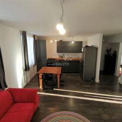 REZERVOVANÉ! Byt 3 izbový, tehlový s balk. a vlastným kúrením, Žehňa, vyv. príz.,75 m2