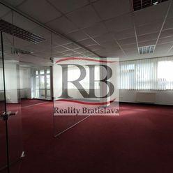 Kancelárie v blízkosti Figara pekného štandardu,186 m2