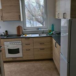 Ponúkame na prenájom 2 izbový byt v podkroví Rodinného domu