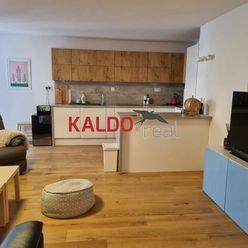 Trnava - ponúkame na prenájom veľký 3 izb.byt s balkónom,kompletne zariadený.