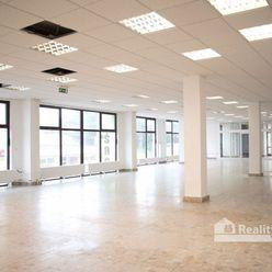 REALITY COMFORT - Prenájom komerčný priestor centre mesta Prievidza