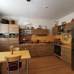 EXKLUZÍVNE  na predaj 3iz byt v Žiline, časť Hájik