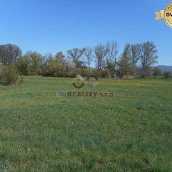 Rovinatý, slnečný pozemok, s výmerou 1326 m2 Chocholná - Velčice