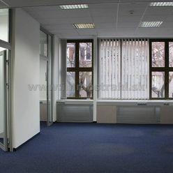 Nadštandardné kancelárske priestory 70 m2 a iné výmery na prenájom v objekte na Poštovej ulici v Bra