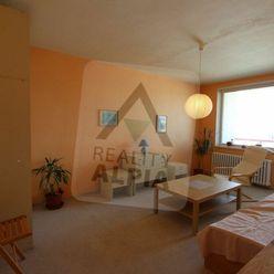 2-izbový byt v blízkosti centra mesta na predaj, Riadok