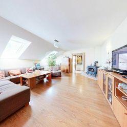 PREDAJ, 4 izbový byt v rodinnom dome ul. Záhumenská, Stupava