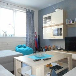 Zaujímavý 3-izbový byt ul. L. Novomeského, 1.poschodie