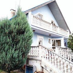 5-izbový rodinný dom - sídlo firmy, Hraničná