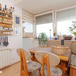 Na predaj 4 izbový byt pri Líščom údolí, loggia, kllimatizácia, šatník, dobrá dispozícia
