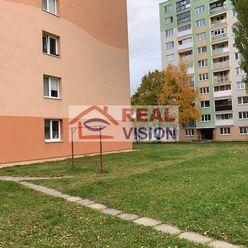 4 izbový byt v Poprade na predaj 82 m2, s balkónom, pivnicou, s výhľadom na V. Tatry, výborná poloha