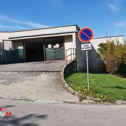 Na predaj garáž na Novomeského ulici v Trenčíne o rozlohe 18 m2.