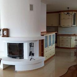 PREDAJ - 5-izbový rodinný dom Rovinka