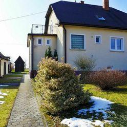 REZERVOVANÉ Rodinný dom na parcele 1622 m2 - obec Poruba, okres PRIEVIDZA