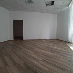 Klimatizované kancelárie v centre Žiliny 2 x 25 m2
