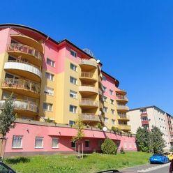 Predaj priestranného 4-izb. bytu v Krasňanoch na ul. Jozefa Hagaru