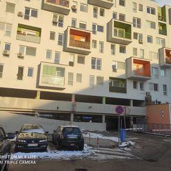 Predáme parkovacie miesto v garážovom dome na Vietnamskej 47, Bratislava