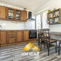 DOM-REALÍT ponúka na predaj 3i byt v obci Veľký Biel, na ul. Kostolnej