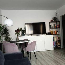 Bratislava II./Bebravská, kompletne zrekonštruovaný a zariadený 1,5 izbový byt na prenájom, BEZ PROV