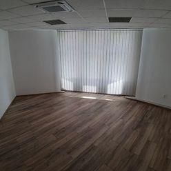 Kancelárie centrum Žiliny 2 x 25 m2 + 1 x 33 m2
