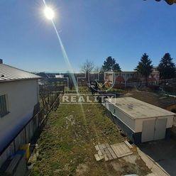 Rodinný dom v obci Jacovce, 180m2.