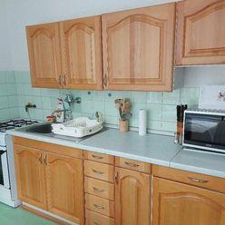 Prenájom 2 izb. byt , Bratislava - Nové Mesto , Ovručská ul.