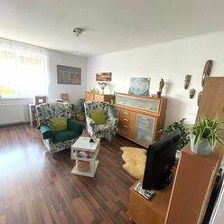 Pekný, priestranný 2 izb. byt, vlaková stanica priamo v obci