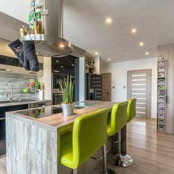 Luxusný veľký dvojizbový byt na Terase