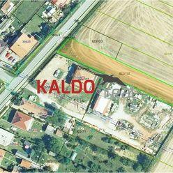 Topoľčianky - Krásny slnečný pozemok 1439 m2 pre Váš RD !!!
