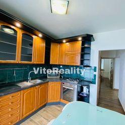 3-izbový byt na Petzwalovej ulici po kompletnej rekonštrukcii