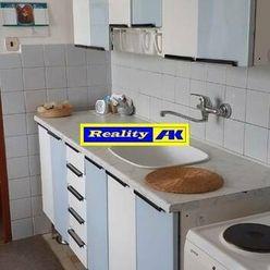 REZERVOVANÉ 3 izbový byt na predaj Turany