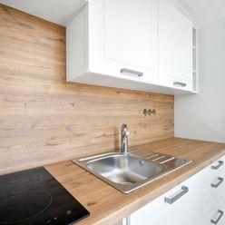 REALNESS-Nový kompletne zrekonštruovaný 1-izbový byt v Dúbravke