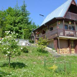 REZERVOVANÉ - Predaj murovanej a kompletne zrekonštruovanej záhradnej chatky, 160 m2 - Závodie, Žili